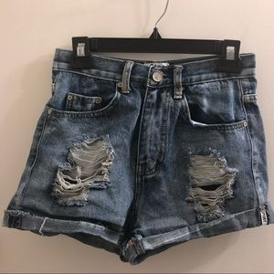 Pants - Distressed medium wash shorts sz 26